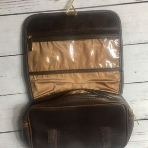 Estee Lauder travel bag